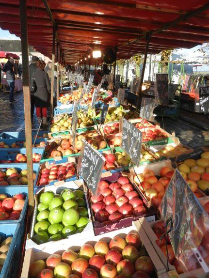 Fresh colourful fruit